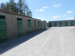 108 stable with stable staff canteen and changing facilities